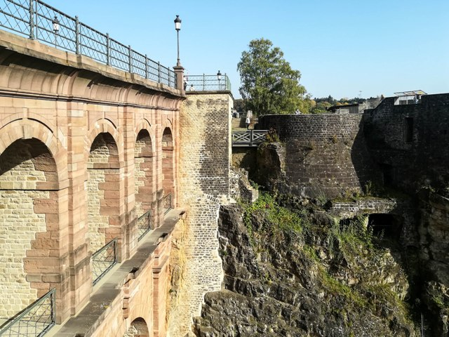 The multiple levels of the Castle Bridge
