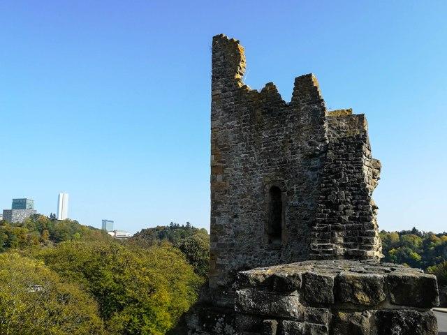 Dent Creuse, standing on top of the Castle Bridge