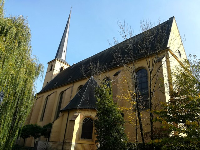 Neumunster Abbey